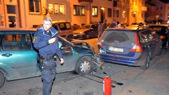 Krock med parkerad bil