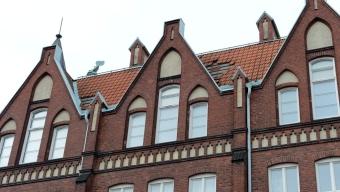 Takplattor flög av från Tuppaskolan