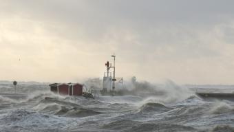 Klass 1 – varning: Mycket hårda vindbyar