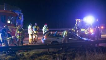 Kvinna skadad i singelolycka på E6