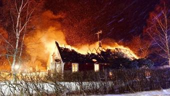 Villabrand utanför Munka Ljungby