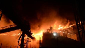 Bildextra: Storbrand i hamnen