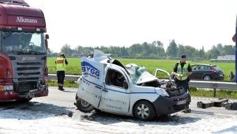 Svår olycka på E6 – en avliden