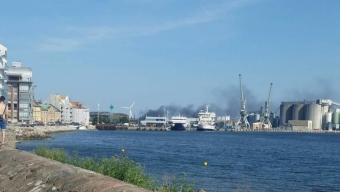 Båtbrand i Lundåkrahamnen