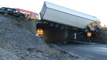 Allvarlig olycka på E6
