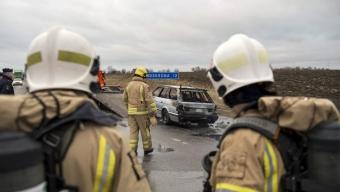 Bilbrand på milstolpen