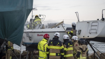 Brand i segelbåt i Borstahusen