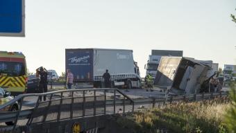 E6: Flera fordon i krock