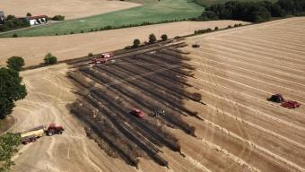 Brand på stubbåker i Ask