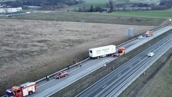 E6: Lastbilsolycka vid Ängelholm
