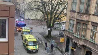 Person räddades från tak
