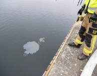 Minder oljeutsläpp i hamnbassäng