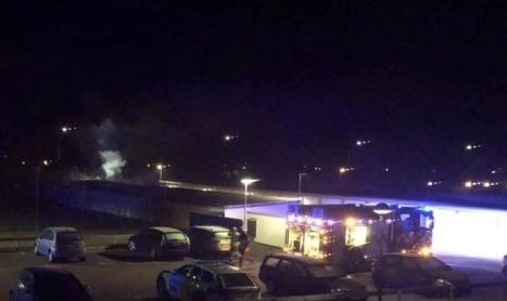 Brand i garagelänga