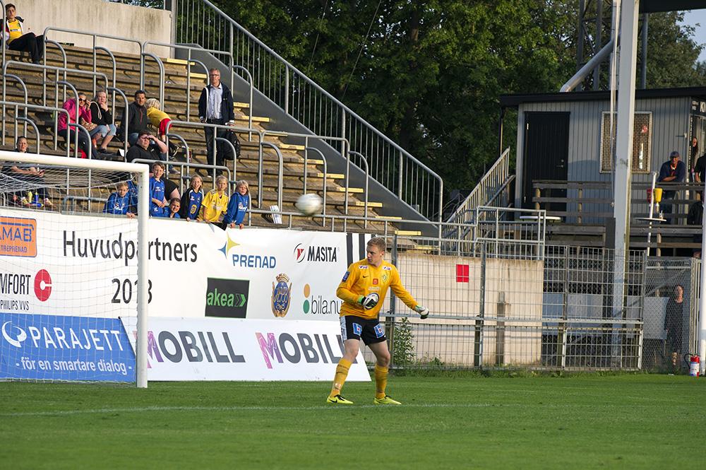 2-0 av Erik Andersson