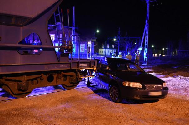 Tåg kolliderade med personbil, Svalöv