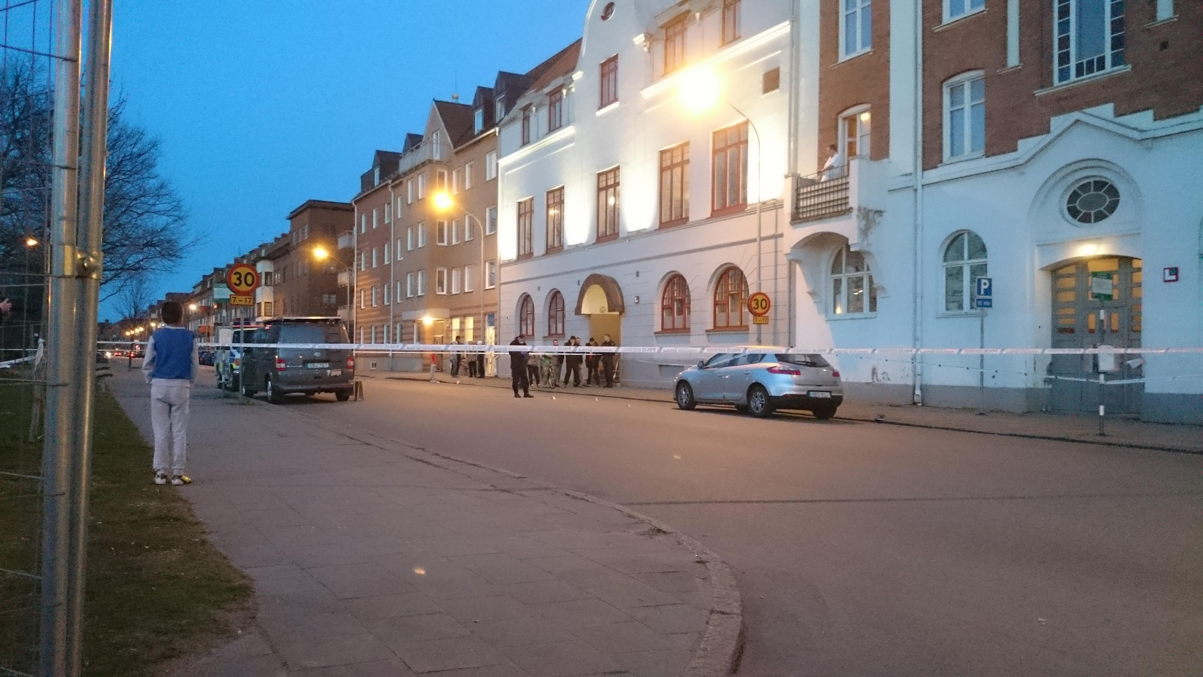 Man skjuten i foten på Ödmanssonsgatan