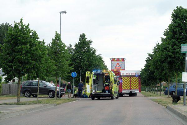 En person på en permobil blev vid 10:15-tiden påkörd på Kalasgatan av en personbil. Permobilen välte och personen blev liggandes på marken. Oklart hur pass skadad personen är. Förd till sjukhus med ambulans