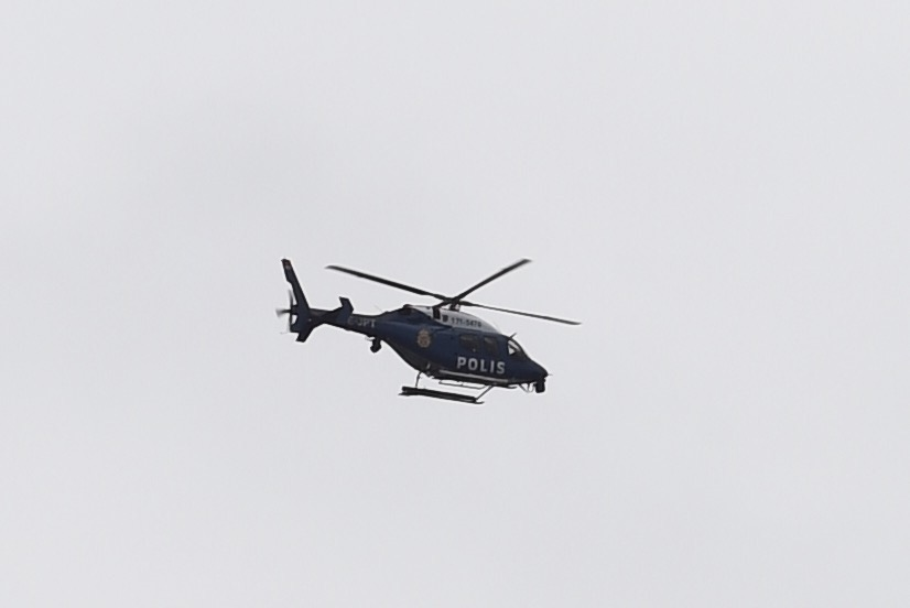 Polis skot misstankt inbrottstjuv
