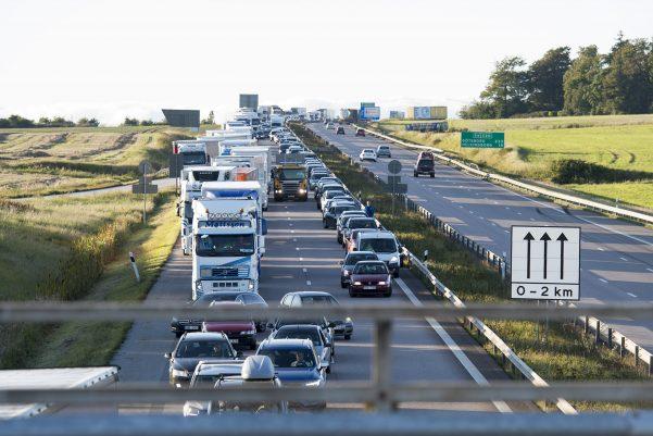 En trafikolycka har inträffat på E6 vid Landskrona Norra. Flera fordon är inblandade. Vägen avstängd under räddningarbetet. Långa köer som följd
