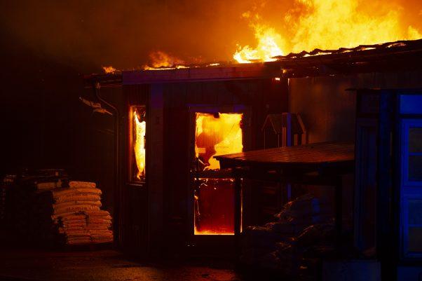 Bildspecial: Kraftig Brand I Kågeröd
