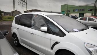 Tio bilar drabbades av inbrott på Skeppsbron