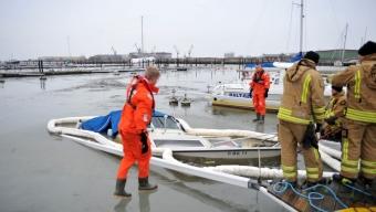 Motorbåt sjönk i Lundåkrahamnen