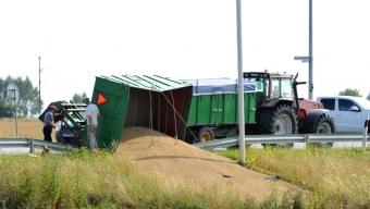 Traktorvagn välte vid Råga Hörstad