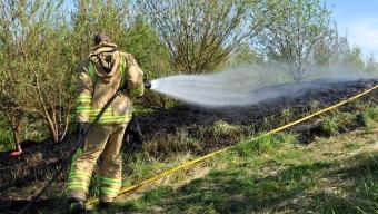 Gräsbrand vid Löparen