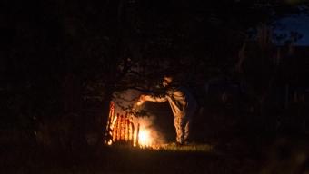 Privatpersoner släckte brand i soptunna