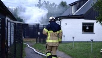 Misstänkt mordbrand efter förrådsbrand