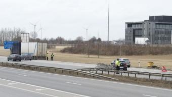 E6: Containerlock stoppar trafiken