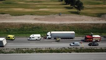 Lastbil kolliderade med husbil