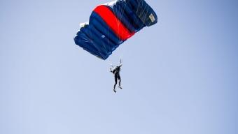 SM: Fallskärmshoppning – Precisionslandning