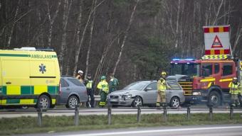 Dubbla trafikolyckor under förmiddagen